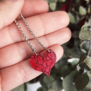 Gargantilla Corazón® metacrilato