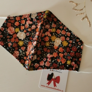 Mascarilla Negra flores colores